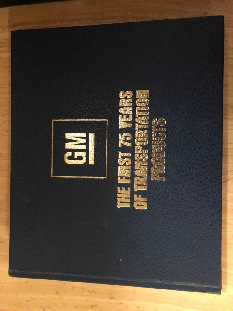 Photo GM The First 75 Years of Transportation Products (Hardcover).
