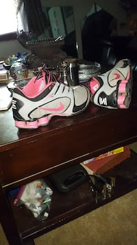 Nike Shocks sz.8.5