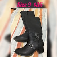 Size 9 pair of women's black leather stacked-heeled buckled boots