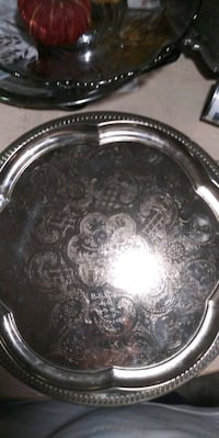 Vintage Round Serving Platter Tray New Port Richey