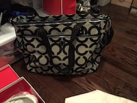 Authentic Coach diaper bag - great condition - change pad and dust bag included Vaughan, L4H 0T5