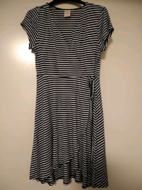 Black and White Stripe Scoop-Neck Dress Knoxville, 37924