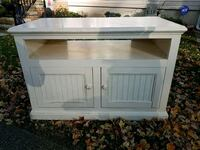 cabinet. On the curb. 140 Stevens ave 07424 Little Falls, 07424