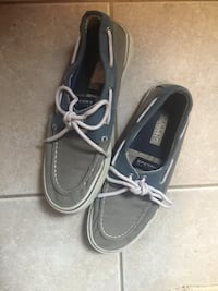 Reduced! Men's sperry canvas boat shoes size 8.5