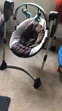 Graco portable baby swing Wappingers Falls, 12590