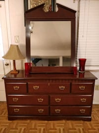 Like new dresser with 7 drawers and big mirror in  Annandale, 22003