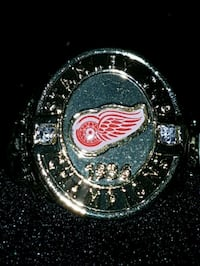 Detroit red wing molson beer ring Kitchener, N2P 1R7
