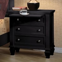 Brand New Sandy Beach Black Wood 3-Drawer Nightstand w/ Pull-Out Tray by Coaster 2272 mi