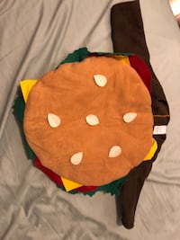 Cheeseburger costume size 12-24months  Burnaby, V3N 2M9
