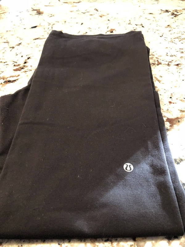 Lou lou lemon yoga pants size 12