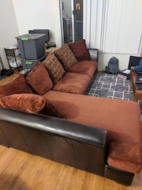 Sectional couch good condition $350 Brea, 92821
