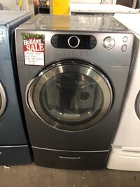 Samsung front load electric dryer with pedestal