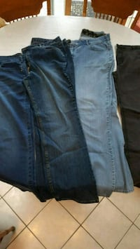 Lot of 4 pair 22w long / tall jeans Melrose Park, 60160