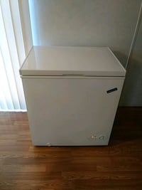 white single-door refrigerator Lothian, 20711