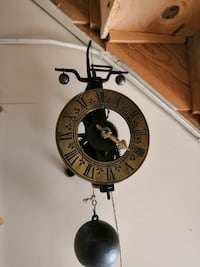 Iron Single Hand Foliot Wall Clock Toronto