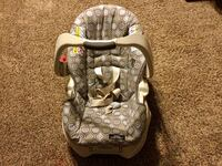 baby's gray and pink car seat carrier Normalville, 15469