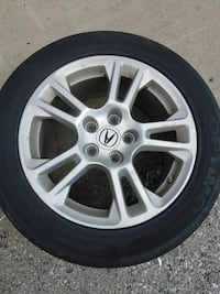 2010 Acura TL rim and tire