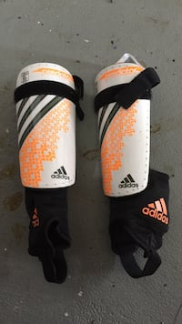 Adidas shin guards with ankle guard - youth small Sussex, 07461