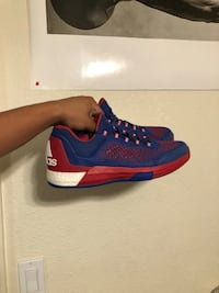 Size 12 Adidas Crazylight boost
