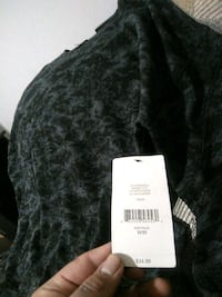 Black and grey sweater size m Winnipeg, R3B 2S6