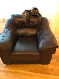 leather armchair MONTREAL
