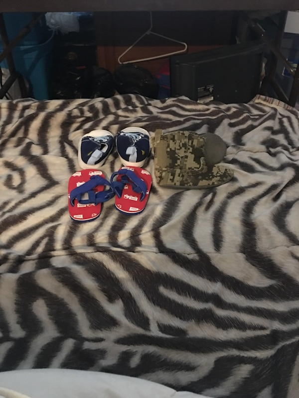 Baby boy shoes size 0-3 3-6