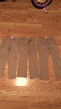 Girls size 10 uniform pants/short. Good condition; no tear, slight stain on short. Selling all 4 pieces  Weslaco, 78596