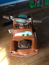 Tow mater ride-on toy