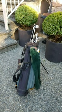 black and green golf bag Coquitlam