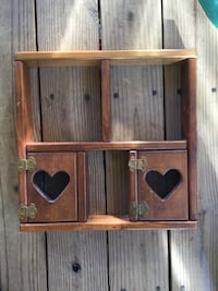 Heart wooden shelf  Woodbridge, 22193