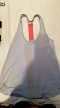 Gym/workout top size s Cambridge, N1R