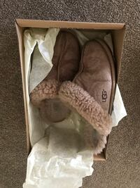 Uggs shoes slippers  Las Vegas, 89130