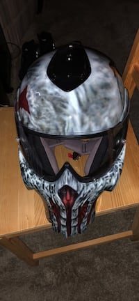 Rezzar Punisher helmet $1,100 retail, hand painted absolutely brand new! Best offer  2255 mi