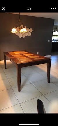 Solid wood dining room table Lehigh Acres, 33976