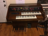 Lowrey Electric Organ Fairfax, 22031