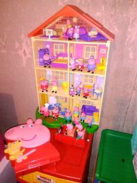 peppapig house n all Edmonton, T6H 4M9