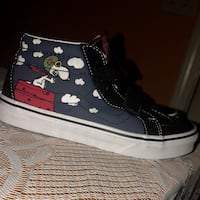 Peanuts Snoopy Air of Ace Vans Size 3 kids Lawrenceville, 30044