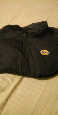 Dickies jacket size large girls  Albuquerque, 87108