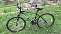 Black and red hardtail mountain bike St. Louis, 63110