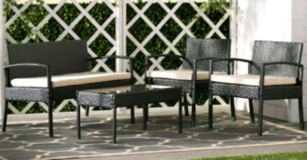 Brand new patio set