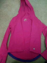 Pink stretchy sweater  Pickering, L1W 2P4