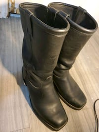 Brown leather boots Calgary, T3E 1K3