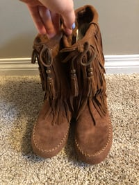 Suede mukluk style boots  Regina, S4S 2S2