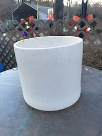 Ceramic container Lorton, 22079