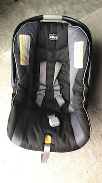 Baby's grey and black graco car seat carrier