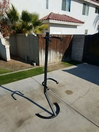 2 bicycle rack with adjustable arms. Free standing or wall mounted.