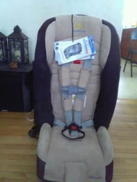 toddler's brown and black car seat Edmonton, T6E 0S6