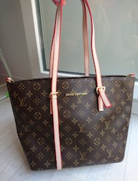 Sac Louis Vuitton La Rochette, 77000
