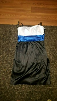 women's white and blue spaghetti strap dress Lloydminster, S9V 1N3