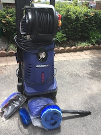 $120 as is - Simoniz1700 pressure washer  needs fixing- pickup As IS Toronto, M4K 2M5